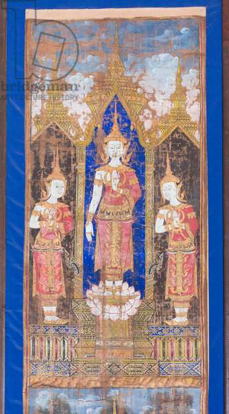Crowned Buddha flanked by two standing disciples, 18th-19th century (painting)