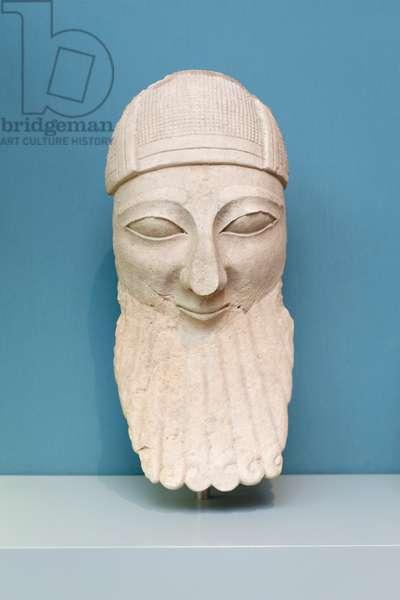 Bearded male worshipper, 650 BC circa