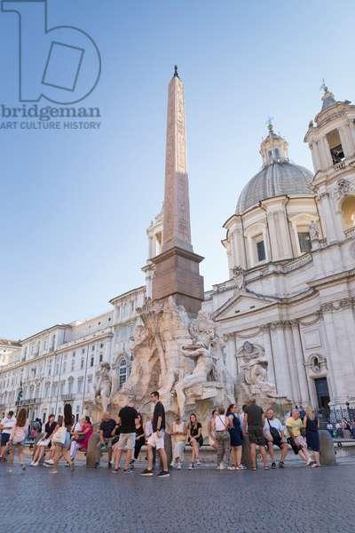 Bernini's Four Rivers fountain, fontana dei Quattro Fiumi, Piazza Navona, Rome, Italy (photo)