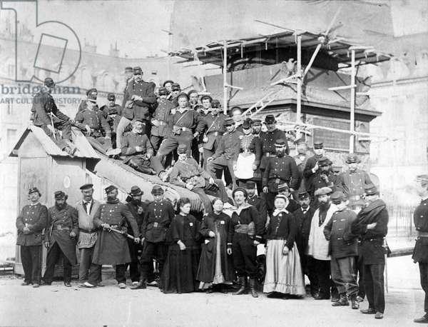 Communards at the base of the Vendôme Column, 16th May 1871 (b/w photo)