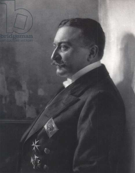 Ferdinand Graf von Zeppelin (b/w photo)