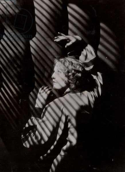Thelma Todd (b/w photo)