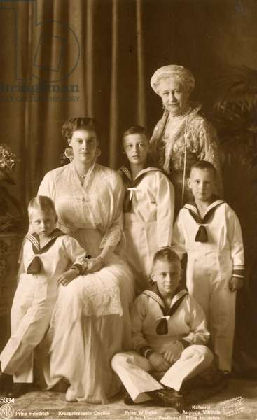 Group photograph of the German royal family, c.1912 (sepia photo)