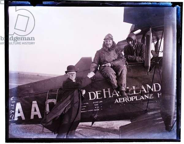 Alan Cobham, flyer, 3rd May 1923 (b/w photo)