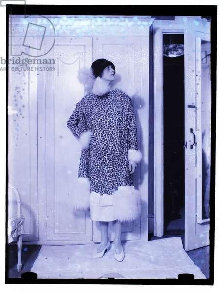 Gladys Cooper, 1925 (b/w photo)