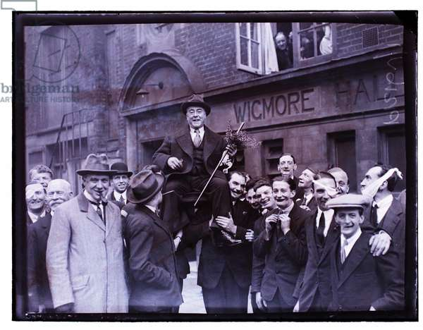 George Robey at the Wigmore Hall, 12.3.1923 (b/w photo)