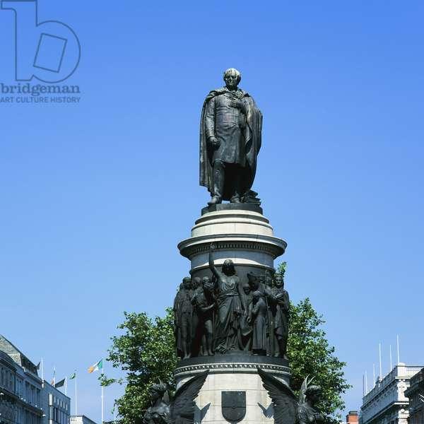 Daniel O'Connell Monument, Dublin (photo)