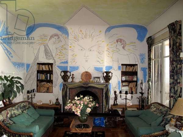 Villa Santo Sospir decrated by Jean Cocteau (photo)