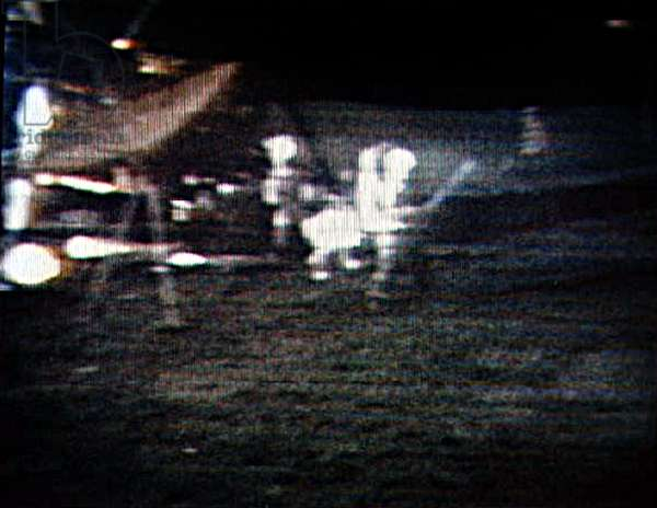 Apollo 14 : Alan Shepard sur la Lune