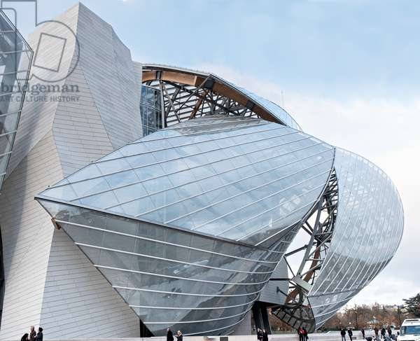 View of the South side, Fondation Louis Vuitton project by Frank Owen Gehry, Paris, France (photo)