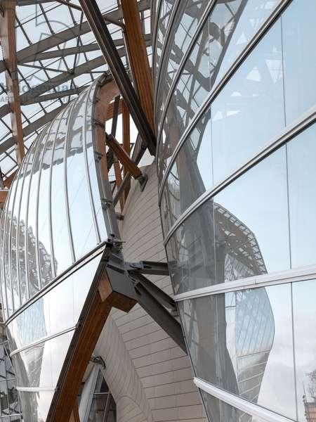 Detail of the glass sails, Fondation Louis Vuitton project by Frank Owen Gehry, Paris, France (photo)