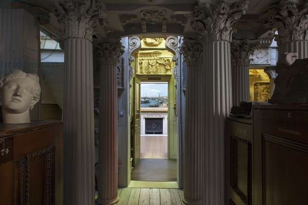 The Colonnade at the rear of the museum, lined with an enfilade of wooden Corinthian columns, Sir John Soane's Museum, London (photo)