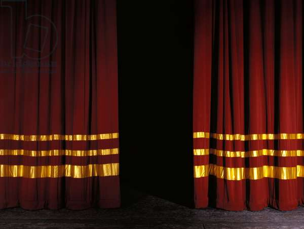 Curtains Red velvet with