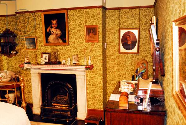 Gustav Holst Birthplace Museum, bedroom, place of Holst's birth,