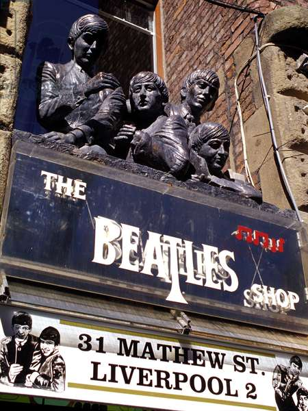The Beatles Shop 31