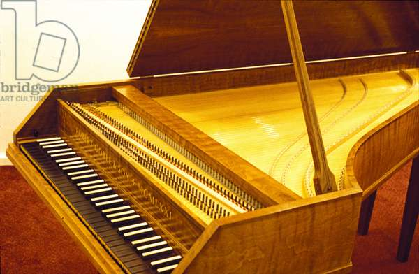 Harpsichord with lid up