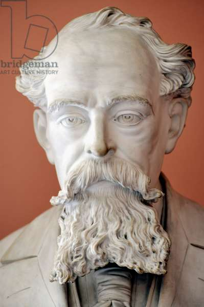 Dickens bust
