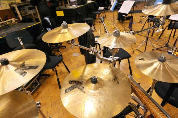 suspended cymbals