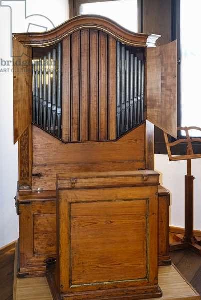 Baroque Positive organ, Swiss