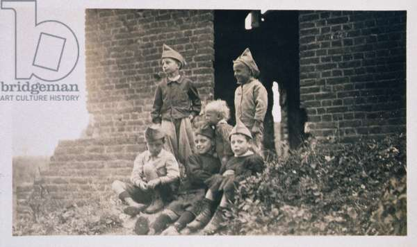 Children in Post-World War I France, 1919 (b/w photo)