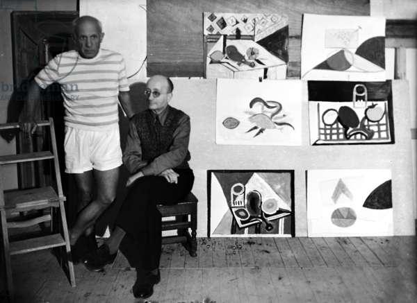 Pablo Picasso et Jaime Sabartes (b/w photo)