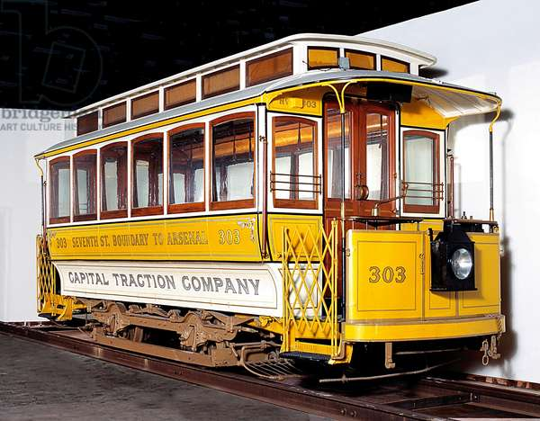 1898 Electric Streetcar, Capital Traction Co. #303 (photo)