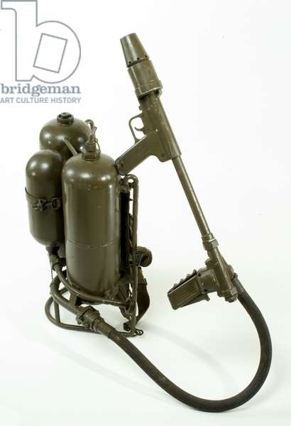 United States Model 2A1 flamethrower (metal)