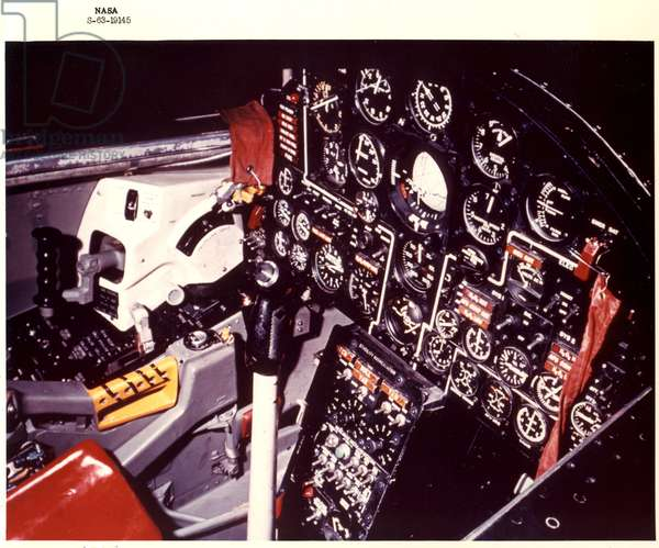North American X-15 Cockpit (photo)