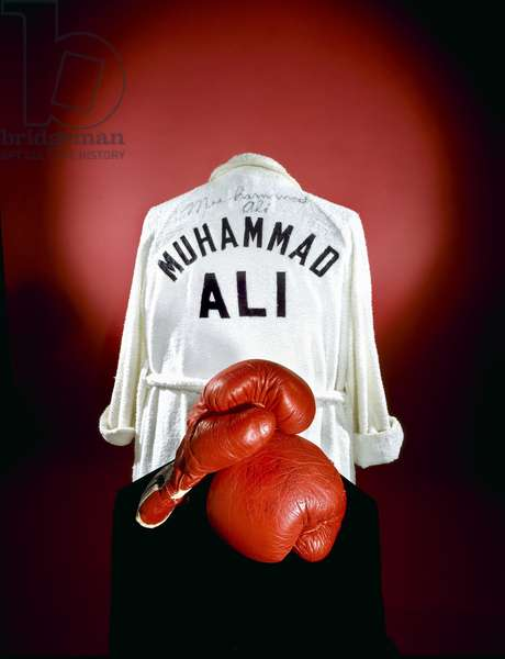 Muhammad Ali's gloves and robe, c.1974 (photo)