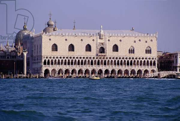 View across the lagoon towards the south facade of the Palazzo Ducale, facade begun in c.1340 (photo)