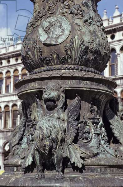 Base from the central flagstaff, depicting the winged lion of St. Mark and a medallion containing the profile of the Doge Loredan (1436-1521) 1505 (bronze)