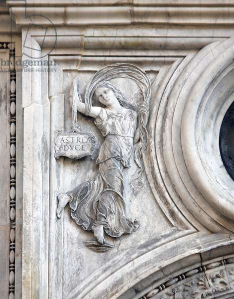 Astraea, Goddess of Justice on the Scala dei Giganti of the Ducal Palace, Venice (photo)