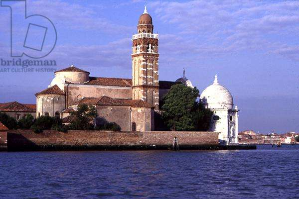 North side of the Church of San Michele, seen from the island of Murano (photo)