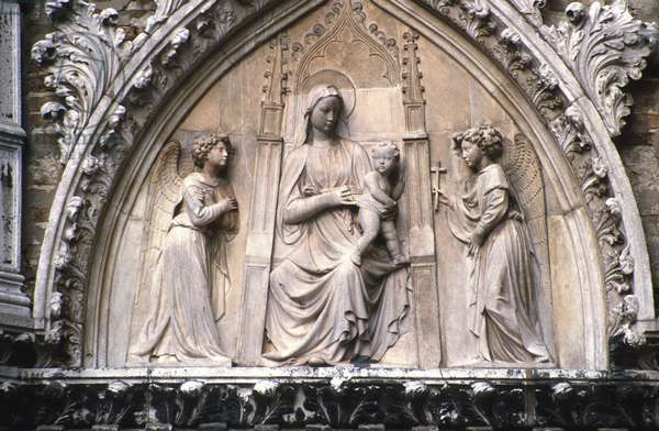 Madonna and Child with Angels, from the portal of the Corner Chapel, attributed to either Bartolomeo Bon (fl.1422-67) or Jacopo della Quercia (c.1372-1438) (marble)