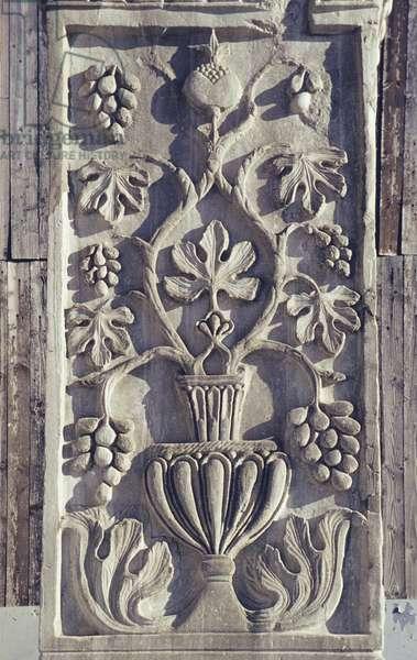 Decorative Carving on one of the Acritani Stone Pillars (photo)