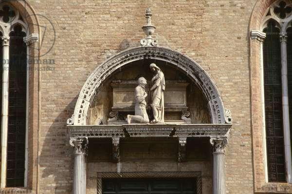 Admiral Vittorio Cappello kneeling before St. Helena, attributed to either Antonio Rizzo (fl.1465-98) or Niccolo di Giovanni Fiorentino (fl.1457-1505) c.1467 (marble)