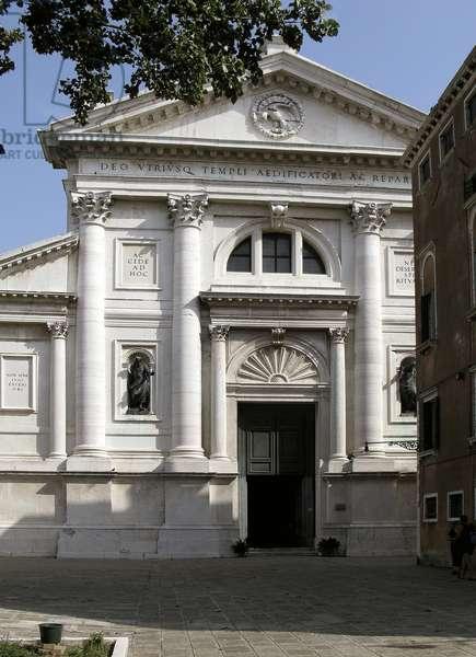 Facade of the Church of San Francesco della Vigna (photo)