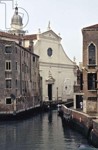 Church of the Angelo Raffaele (photo)