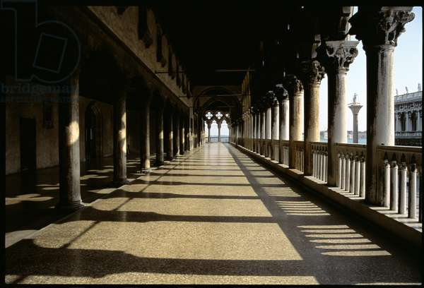 The loggia (photo)