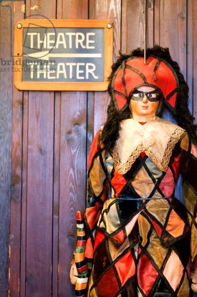 Royal Theatre Marionettes doll of Toone Brussel Belgium (photo)