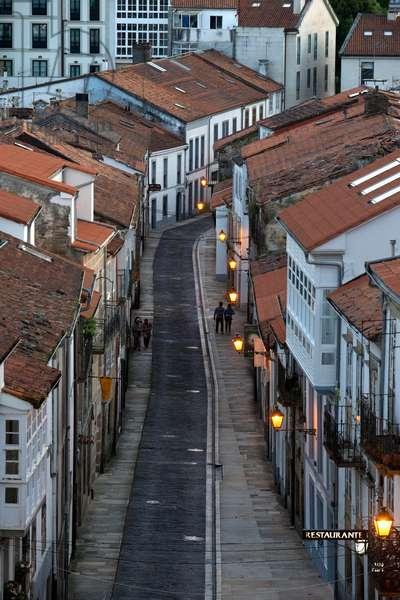 San Francisco street, Old Town, Santiago de Compostela, UNESCO World Heritage Site, Galicia, Spain (photo)