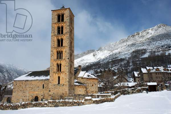 The twelth century Lombard Catalan Romanesque Church of Saint Climent (Clement) in Taull, Vall de Boi (photo)