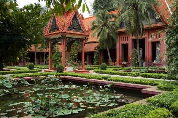 Inner Courtyard, National Museum, Phnom Penh, Cambodia (photo)