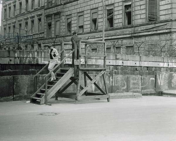Germany, Berlin, Berlin Wall in 1960s,