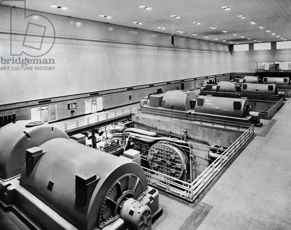 Turbines in a room, Dayton Power and Light Company, Dayton, Ohio, USA