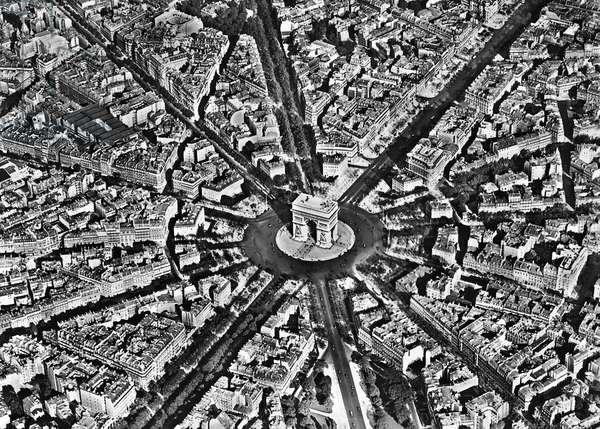 Aerial view of a monument in a city, Arc de Triomphe, Paris, France