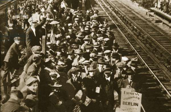 All aboard for Berlin (sepia photo)