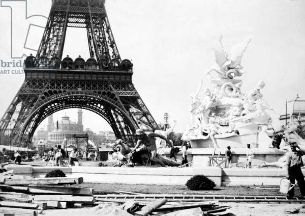 Constructing the Fountain St. Vidal near the Eiffel Tower, Paris Exhibition, 1889 (b/w photo)