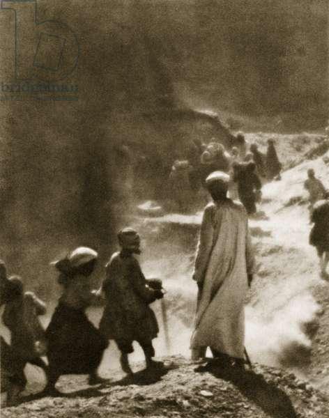 At the tomb of Tutankhamun, 1916 (photogravure)
