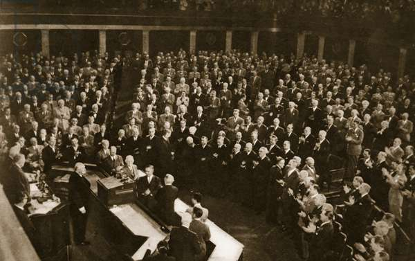The standing ovation accorded to Sir Winston Churchill by members of Congress at the conclusion of his address in the chamber of the House of Representatives, January 17, 1952 (photogravure)